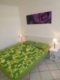 b_203_270_16777215_00_images_stories_Teneriffa-Sued_Playa-de-las-Americas_casa-tropical_1Schlafzimmer4.jpg