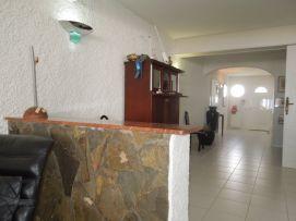 b_271_203_16777215_00_images_stories_Teneriffa-Nord_LosRealejos_Casa-del-Mar_Flur2.jpg