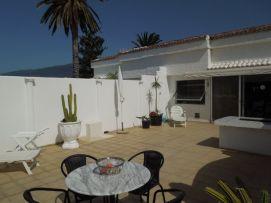 b_271_203_16777215_00_images_stories_Teneriffa-Nord_LosRealejos_Casa-del-Mar_Terrasse1.jpg