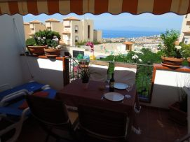 b_271_203_16777215_00_images_stories_Teneriffa-Sued_Costa-Adeje_Balcon-del-Atlantico_Terrasse1.jpg