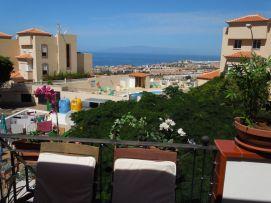 b_271_203_16777215_00_images_stories_Teneriffa-Sued_Costa-Adeje_Balcon-del-Atlantico_Terrasse5.jpg