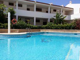 b_271_203_16777215_00_images_stories_Teneriffa-Sued_Costa-Adeje_Puerto-Colon_Fertige-Bilder_Pool4.jpg