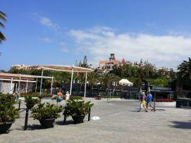 b_271_203_16777215_00_images_stories_Teneriffa-Sued_Costa-Adeje_Villa-El-Duque_20150521_114639.jpg