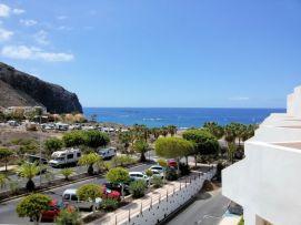 b_271_203_16777215_00_images_stories_Teneriffa-Sued_Los-Cristianos_Paloma-Beach2_Aussicht.jpg