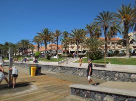 b_271_203_16777215_00_images_stories_Teneriffa-Sued_Los-Cristianos_Playa-Las-Vistas-2_Strand3.jpg