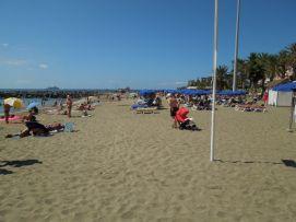 b_271_203_16777215_00_images_stories_Teneriffa-Sued_Los-Cristianos_Playa-Las-Vistas-2_Strand4.jpg