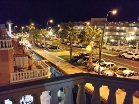 b_271_203_16777215_00_images_stories_Teneriffa-Sued_Los-Cristianos_Playa-Las-Vistas-2_Terrasse1nachts.jpg