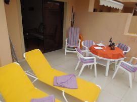 b_271_203_16777215_00_images_stories_Teneriffa-Sued_Los-Cristianos_Playa-Las-Vistas-2_Terrasse4.jpg