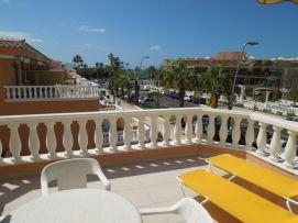 b_271_203_16777215_00_images_stories_Teneriffa-Sued_Los-Cristianos_Playa-Las-Vistas-2_Traumblick.jpg