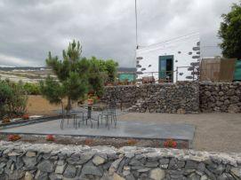 b_271_203_16777215_00_images_stories_Teneriffa-Sued_Playa-San-Juan_Casita-Rustica_Haus-aussen.jpg