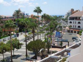 b_271_203_16777215_00_images_stories_Teneriffa-Sued_Playa-de-las-Americas_Parque-SantiagoI_Balkonblick1.jpg