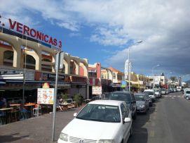b_271_203_16777215_00_images_stories_Teneriffa-Sued_Playa-de-las-Americas_Playa-Veronicas_geschaeftsstrasse_1.jpg