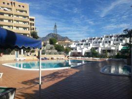 b_271_203_16777215_00_images_stories_Teneriffa-Sued_Playa-de-las-Americas_Playa-Veronicas_pool_a10.jpg