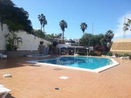b_271_203_16777215_00_images_stories_Teneriffa-Sued_Playa-de-las-Americas_Playa-Veronicas_pool_a2.jpg