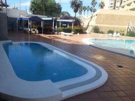 b_271_203_16777215_00_images_stories_Teneriffa-Sued_Playa-de-las-Americas_Playa-Veronicas_pool_a5.jpg