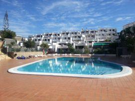 b_271_203_16777215_00_images_stories_Teneriffa-Sued_Playa-de-las-Americas_Playa-Veronicas_pool_a7.jpg