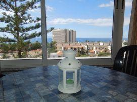 b_271_203_16777215_00_images_stories_Teneriffa-Sued_Playa-de-las-Americas_casa-tropical_Balkon2.jpg