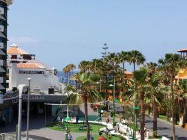 b_271_203_16777215_00_images_stories_Teneriffa-Sued_Playa-de-las-Americas_parque-santiago3_Meerblick.jpg