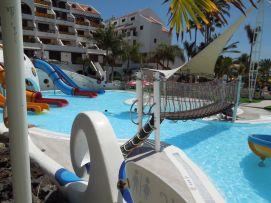 b_271_203_16777215_00_images_stories_Teneriffa-Sued_Playa-de-las-Americas_parque-santiago3_Wasserpark1.jpg